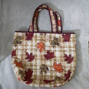 Nwot better homes and garden fall tote bag